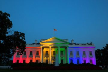 White_House_rainbow_colors_to_celebrate_June_2015_SCOTUS_same-sex_marriage_ruling